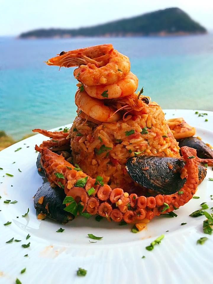 agorastos-top-fish-tavern